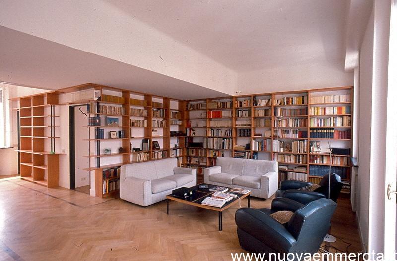 Libreria in legno di pero