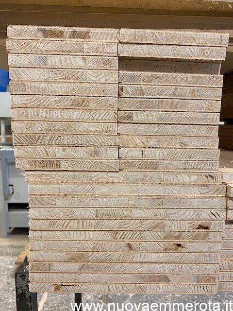 Assi di legno da trasformare in mobili